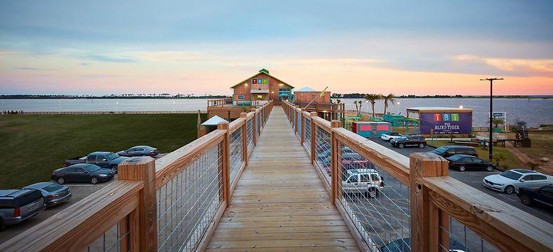 Harrah S Gulf Coast Hotel 4 Biloxi Ms Compare Hotel Rates
